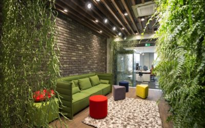 Living Walls Put the 'Green' in Greenbuild